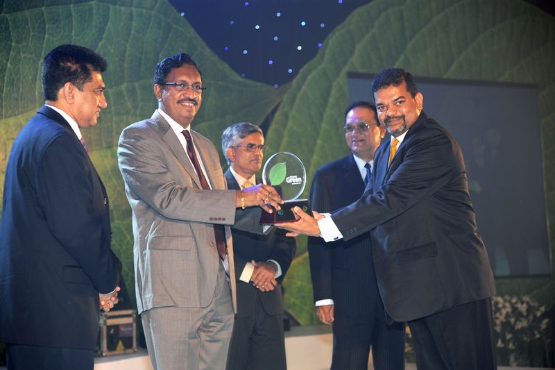 GM Heritance Tea Factory accepting the award